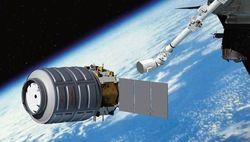Частный космогрузовик Cygnus не смог пристыковаться к МКС