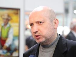Переход Крыма с гривны на рубль разрушит экономику полуострова - Турчинов