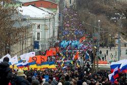 Почти треть россиян поддерживает Марши мира – опрос