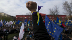 В Украине полным ходом идет захват областных администраций