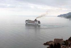 Иностранные круизные лайнеры будут обходить Крым стороной