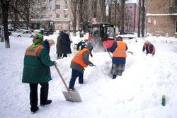 Украина готова к зиме – новой техники нет, зато закуплено 150 тысяч лопат