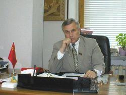 Депутатов Думы хотят лишать мандата за месячный заграничный прогул