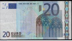 2015 год стал рекордным по количеству фальшивых евро, выявленных в еврозоне