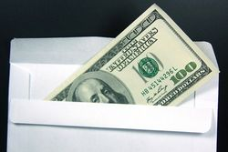 Барак Обама и его супруга прожили год на полмиллиона долларов