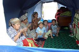 Мигрантов из Узбекистана, работающих в Петербурге, лишают землячества