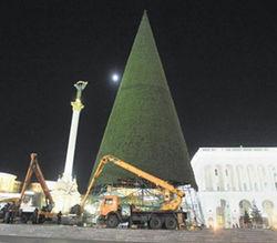 Новый год Киев наверняка встретит без главной елки
