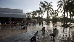 Отрезанный от мира Акапулько накрыла волна мародерства