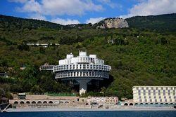 Россия не спешит инвестировать в национализированные курорты Крыма