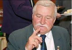 Лех Валенса прокомментировал «игру» Януковича с ЕС и РФ