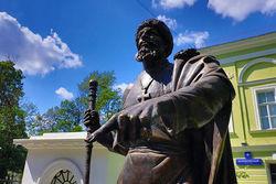 В Москве установили еще один памятник царю Ивану Грозному