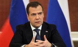 Перезагрузка отношений между Россией и США невозможна – премьер Медведев