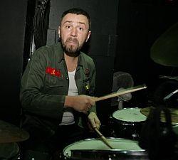 Полиция остановила концерт Шнура с «Ленинградом»