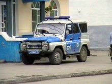 Горящий милицейский УАЗ повредил четыре чужих автомобиля