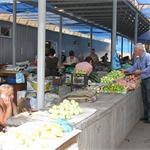 В Днепропетровске торговцев рынка насильно выселяют