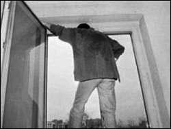 Суицид. Студент выбросился из окна