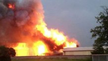 Под Донецком в Макеевке взрыв на заводе, - очевидцы