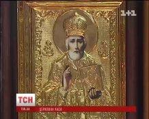 Налоговики никак не контролируют миллионные обороты церквей Украины