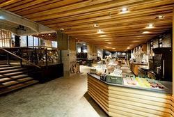 Приятное с полезным – совместный офис банка и кофейни Sturbucks