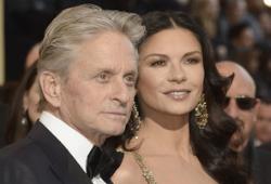 """Звездопад:  """"Идеальные"""" Майкл Дуглас и Кэтрин Зета-Джонс подают на развод"""