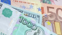 Откуда в Новороссии взялись рубли для выплат пенсий?
