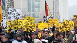 Как Кремль использует информационные политтехнологии в Германии