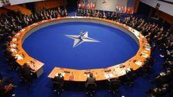 НАТО не может позволить себе принять Украину в свои ряды – Bloomberg