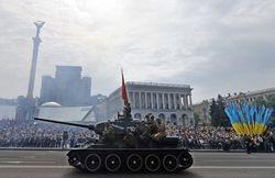 В честь Дня победы в России героев ВОВ изобразили на банках с пивом