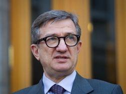 Депутат предложил Порошенко уволить Таруту