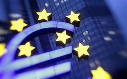 Курс евро продолжает падение на рынке Форекс