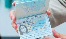 В Крыму уже оформляют новые загранпаспорта Украины без выезда «на материк»
