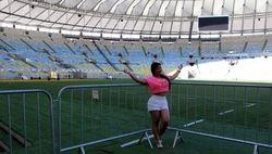 На ЧМ-2014 по футболу Бразилия намерена заработать 3 млрд. долларов