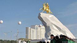 В Туркмении пришел конец «социальному раю»