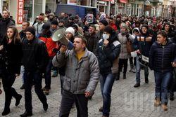 Облсовет Закарпатья признал Народную раду и требует отставки Януковича и ВР