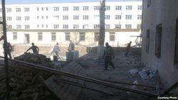 Студенты Намангана (Узбекистан) превратились в дворников