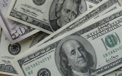Курс доллара снижается на 0,10% на Форекс перед выступлением главы ФРС США Йеллен