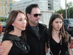 Валерий Меладзе хочет стать холостяком, но супруга против