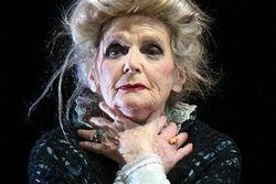 На 99-м году ушла из жизни старейшая актриса театра имени Вахтангова Г. Коновалова