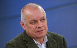 Киселев уверен, что от санкций США и ЕС его защитят мировые СМИ