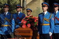 Из могилы вдовы Тито похищены воинские награды