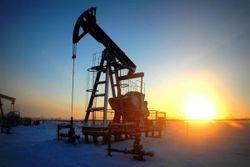 Цена на нефть обвалилась ниже 97 долларов за баррель