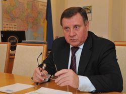 КПУ просит новую власть навести в Украине порядок
