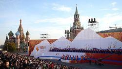 Плохой знак? Олимпийский огонь потух во время эстафеты в Кремле