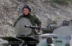 Парубий рассказал, что российские войска расположены в трех часах езды от Киева