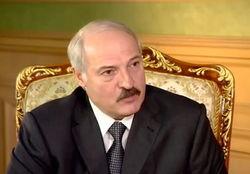 Лукашенко готов предоставить политическое убежище другу Януковичу