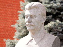 Почему россияне выбирают сталинизм – мнение Шелина
