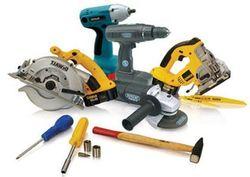 «Bosch» и «Makita» названы самыми популярными брендами строительного инструмента в Интернете в июле 2014г.