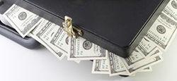 Бизнес и россияне активно скупают валюту