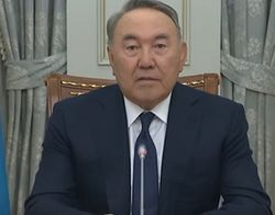 России не нужен кусок Украины, она и так самая большая – Назарбаев