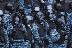 """В Раде требуют от Захарченко назвать фамилии командиров, отдававших приказы """"Беркуту"""""""